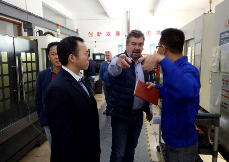 On December 1, 2016, the Italian customer visited our factory.